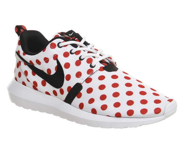 Nike Roshe One Blanche Noir Action Rouge Polka Qs Unisexe à Prix Dynamité - Nike Roshe One Blanche Noir Action Rouge Polka Qs Unisexe à Prix Dynamité-01-0